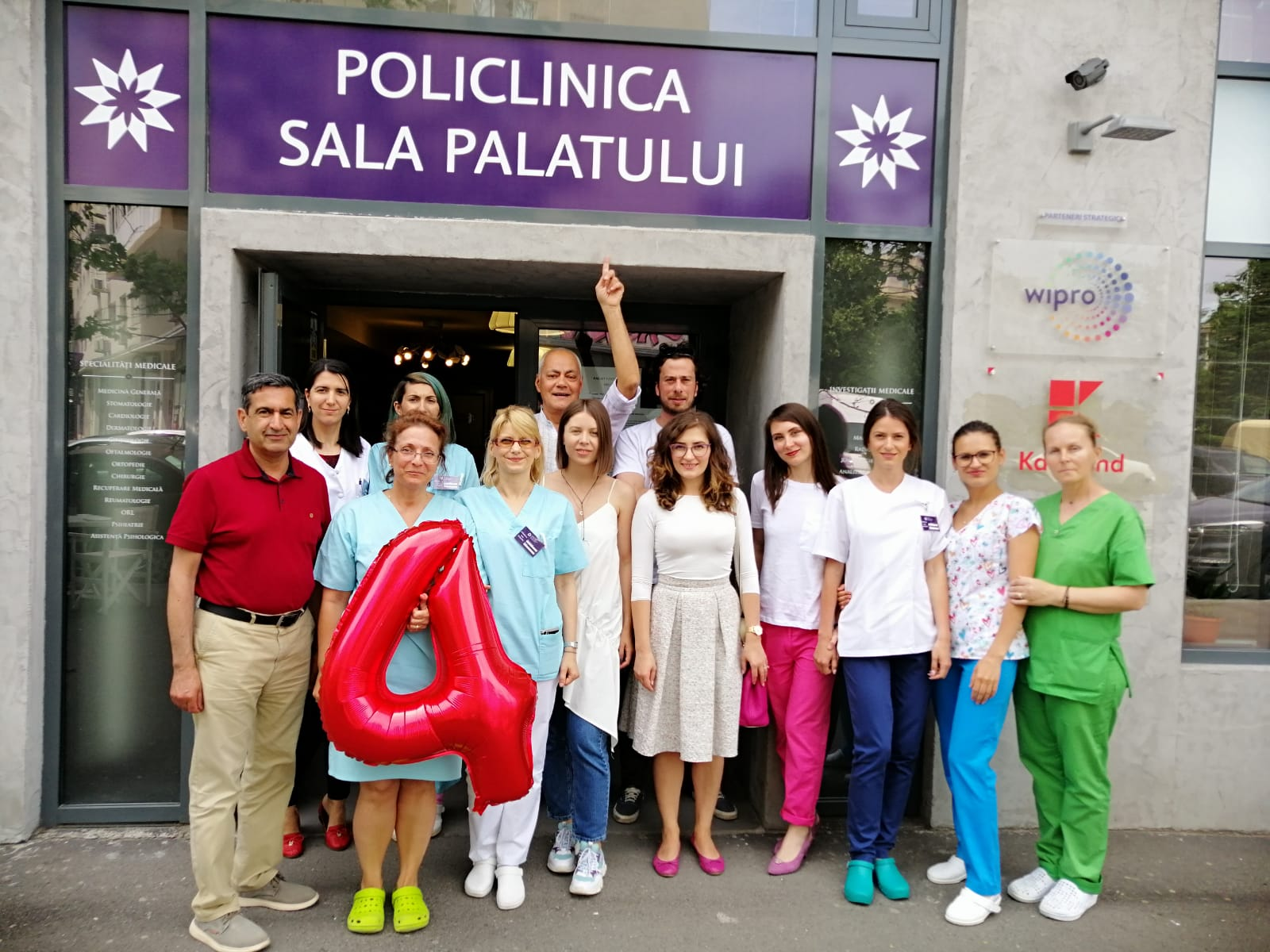 Antreprenoriat medical - Policlinica Sala Palatului