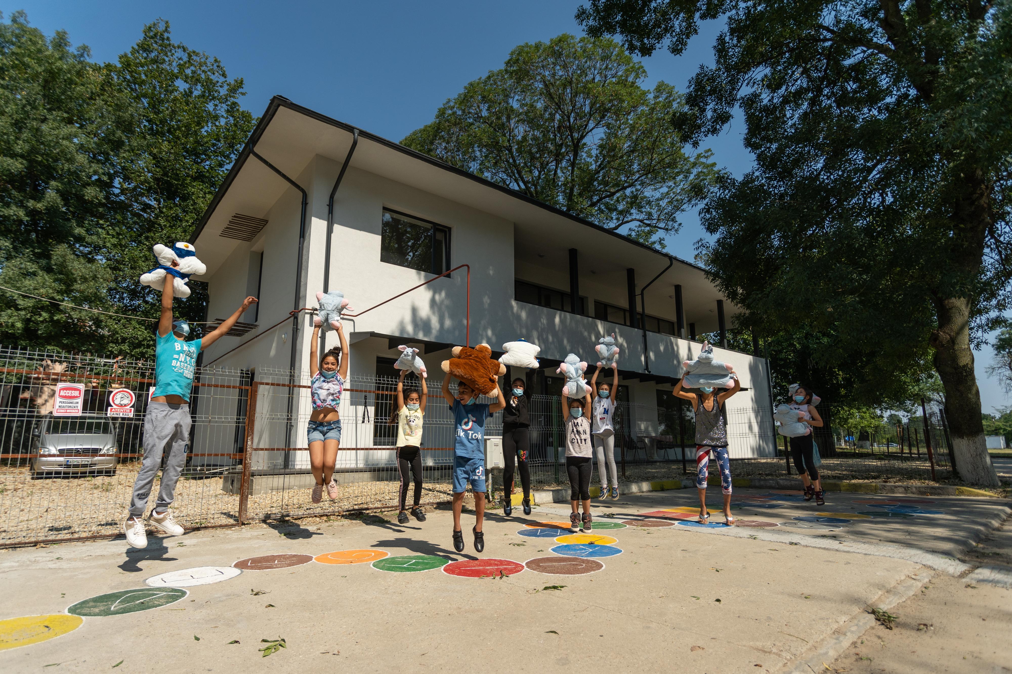 Inaugurarea Centrului comunitar Buftea: Educația construiește viitorul
