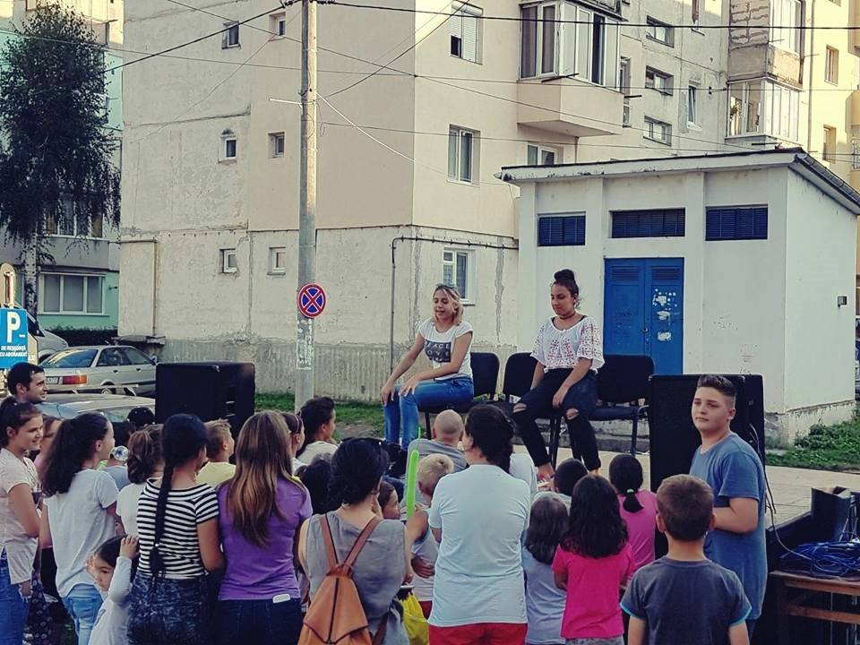 Playhood - Teatru pentru schimbare sociala