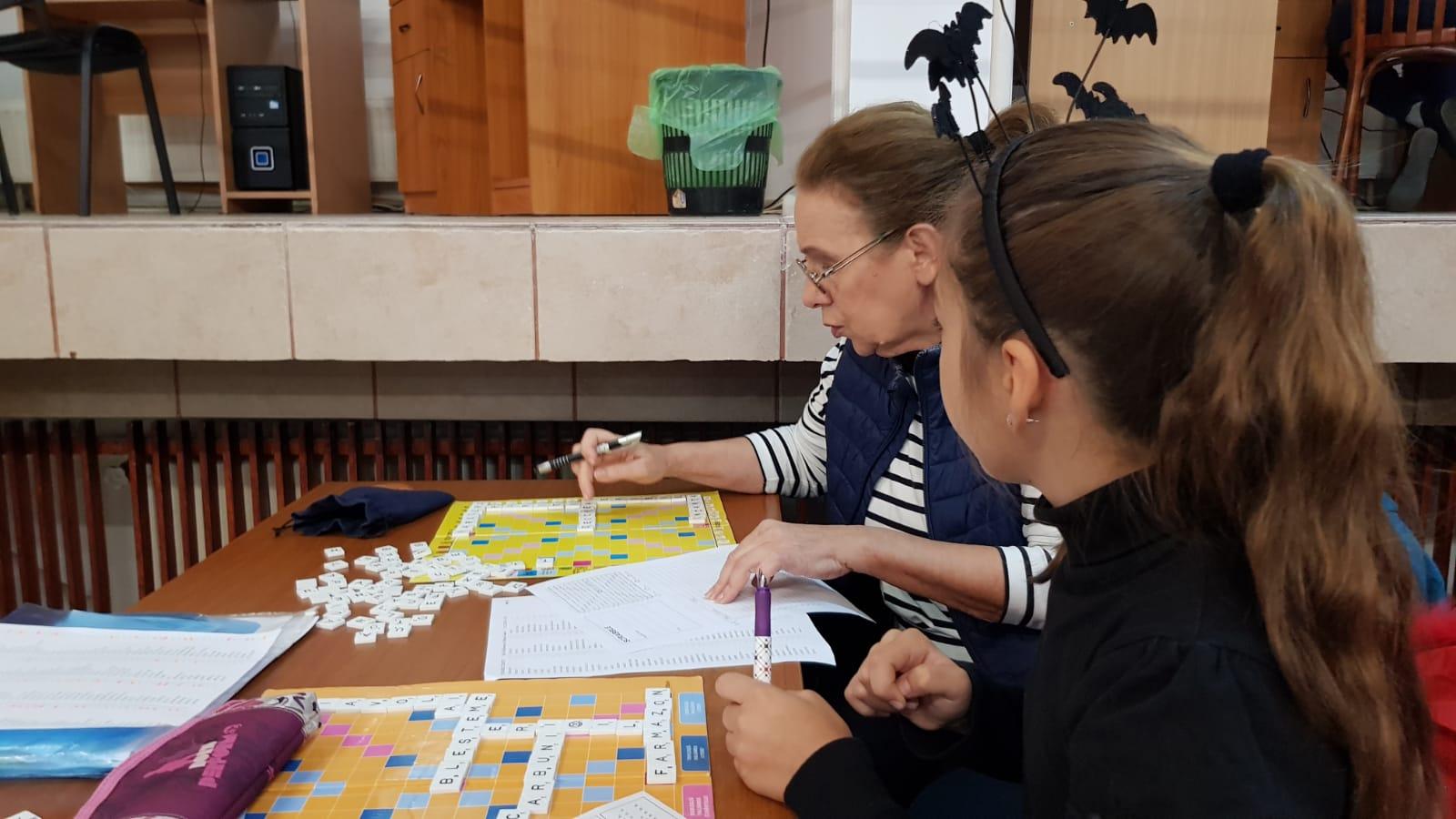 Jocul de Scrabble prinde Viata